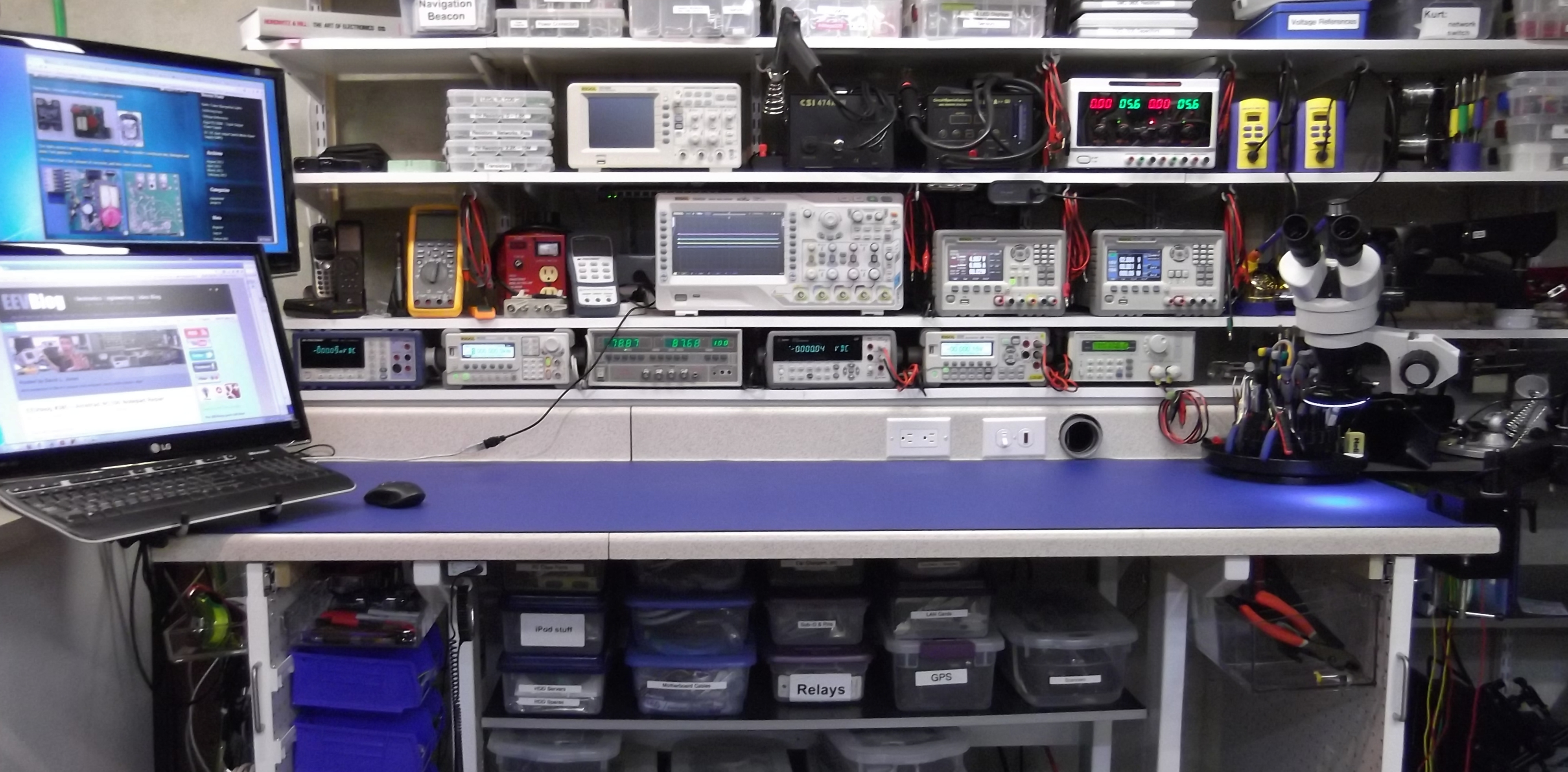 Electronic Technician Work Benches : The bench corgitronics